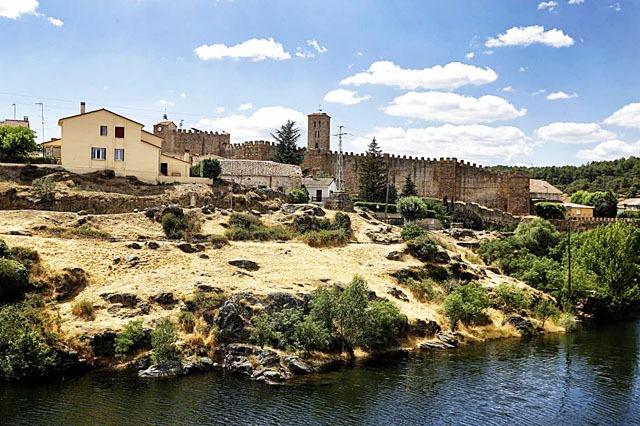 pueblo de Buitrago de Lozoya
