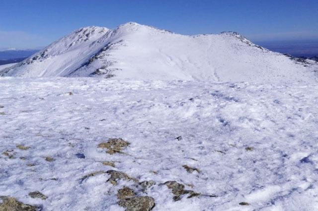Nieve en la Montaña Cabeza de Hierro Mayor