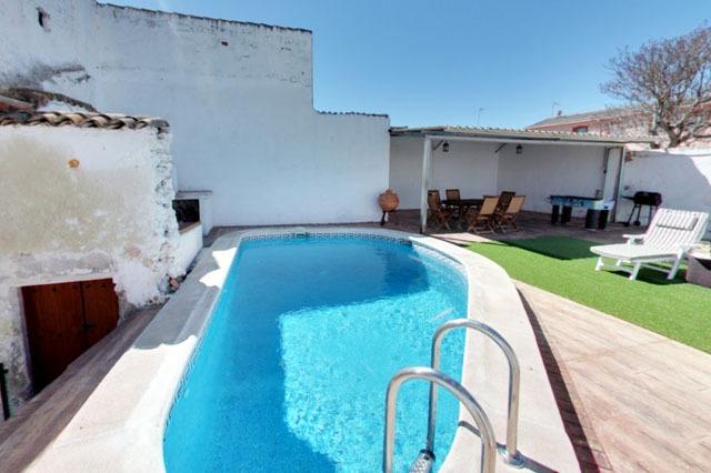 casa rural con piscina cercana a Madrid