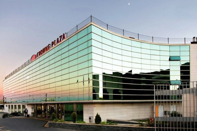 Hotel Crowne Plaza Madrid Airport en aeropuerto barajas
