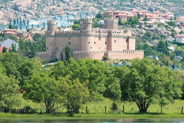 Manzanares El Real cerca de Madrid