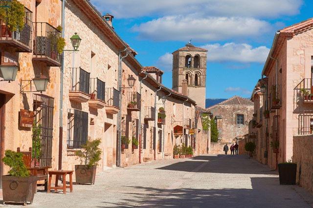 pueblo de Pedraza