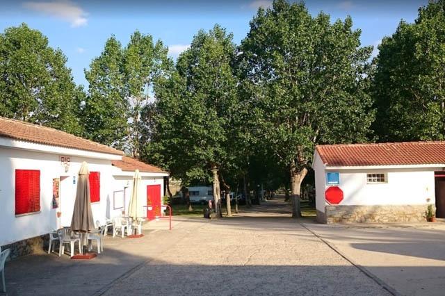 camping Acueducto cerca de Madrid